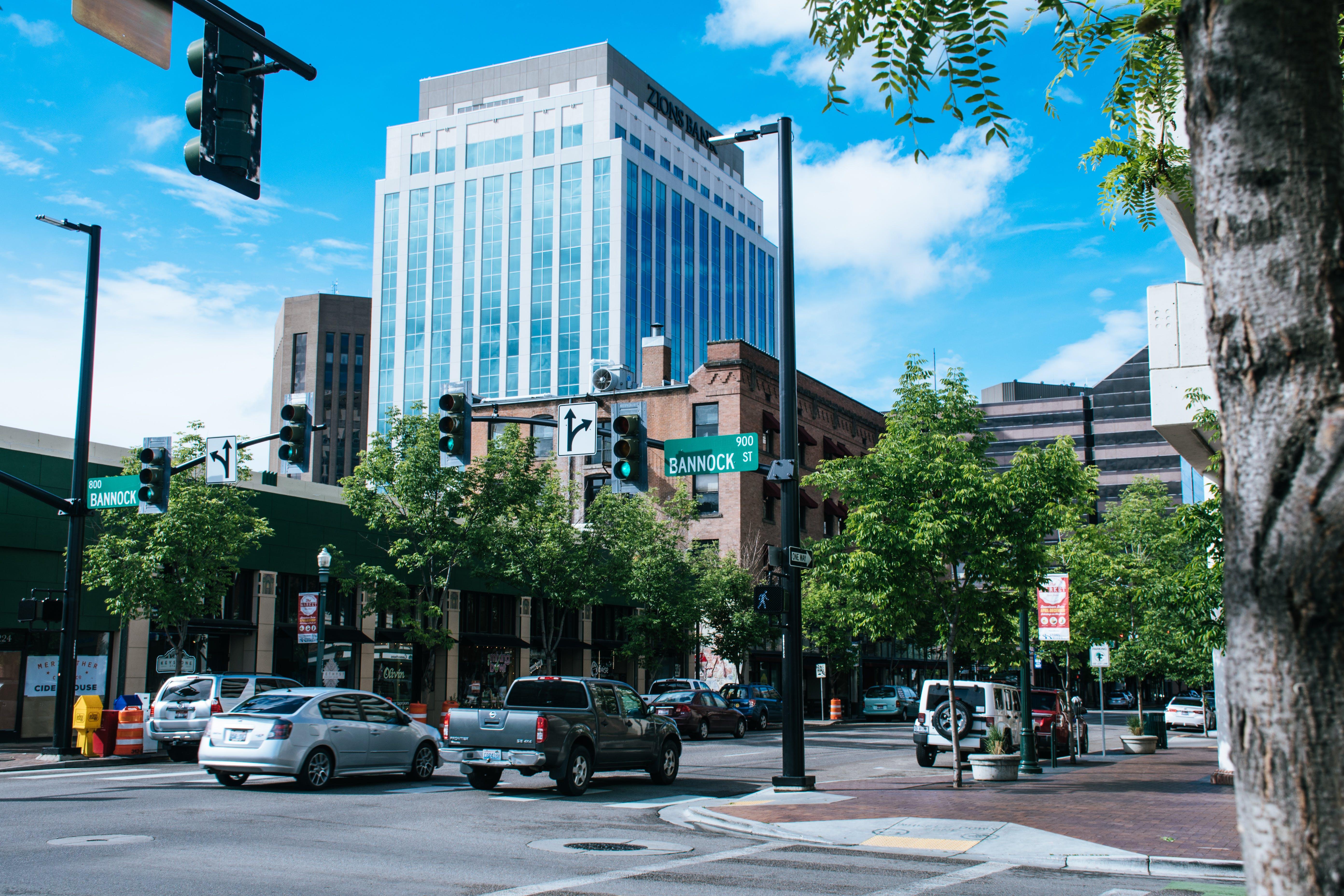 城市, 城鎮, 市中心, 建築 的 免费素材照片