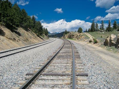 railbed, 火車, 火車鐵軌, 軌道 的 免費圖庫相片