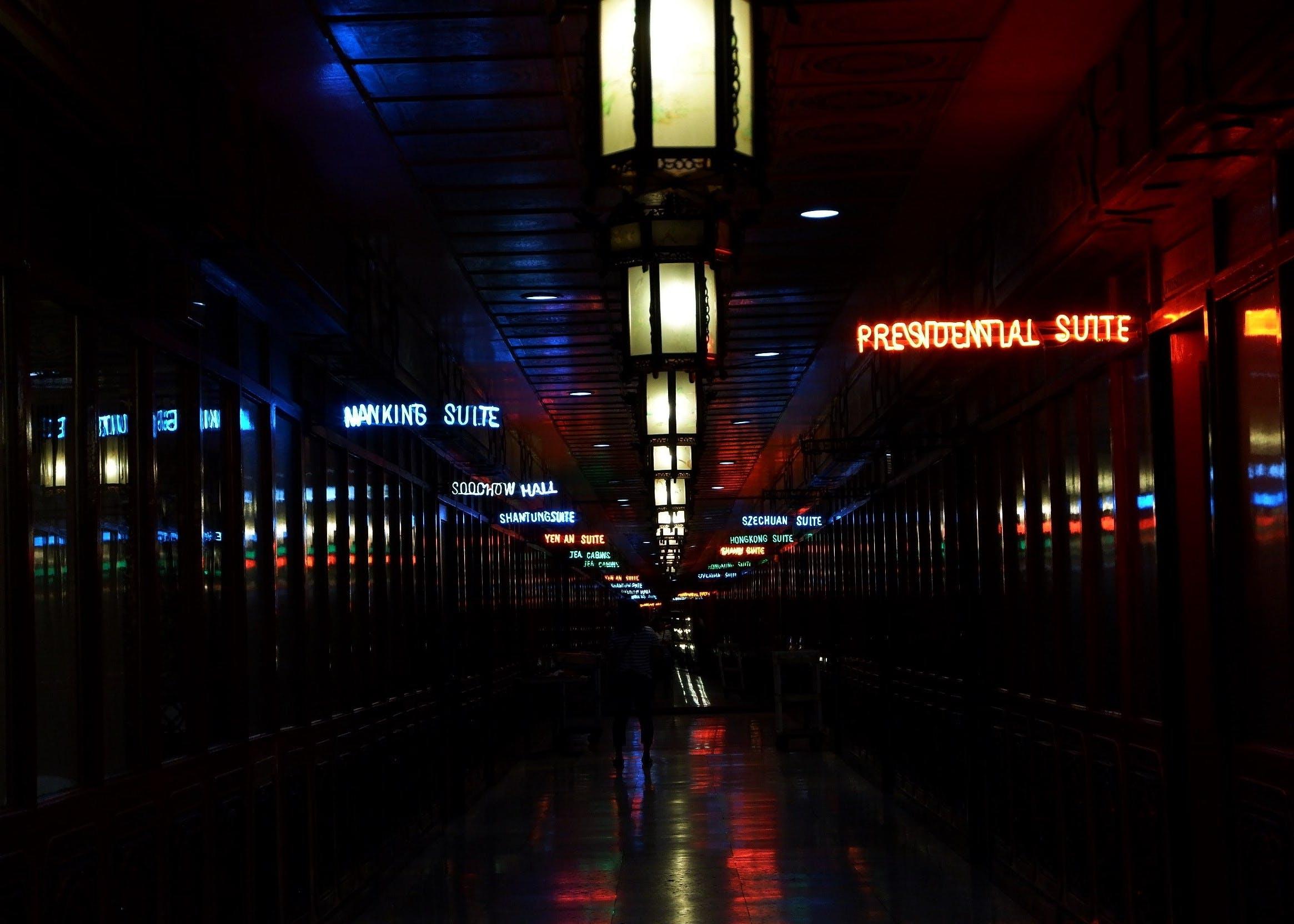 Gratis stockfoto met licht en schaduw, neon, reflecties