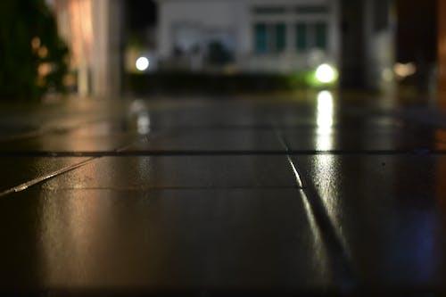 Бесплатное стоковое фото с далеко, дороги, мокрая дорога, путь