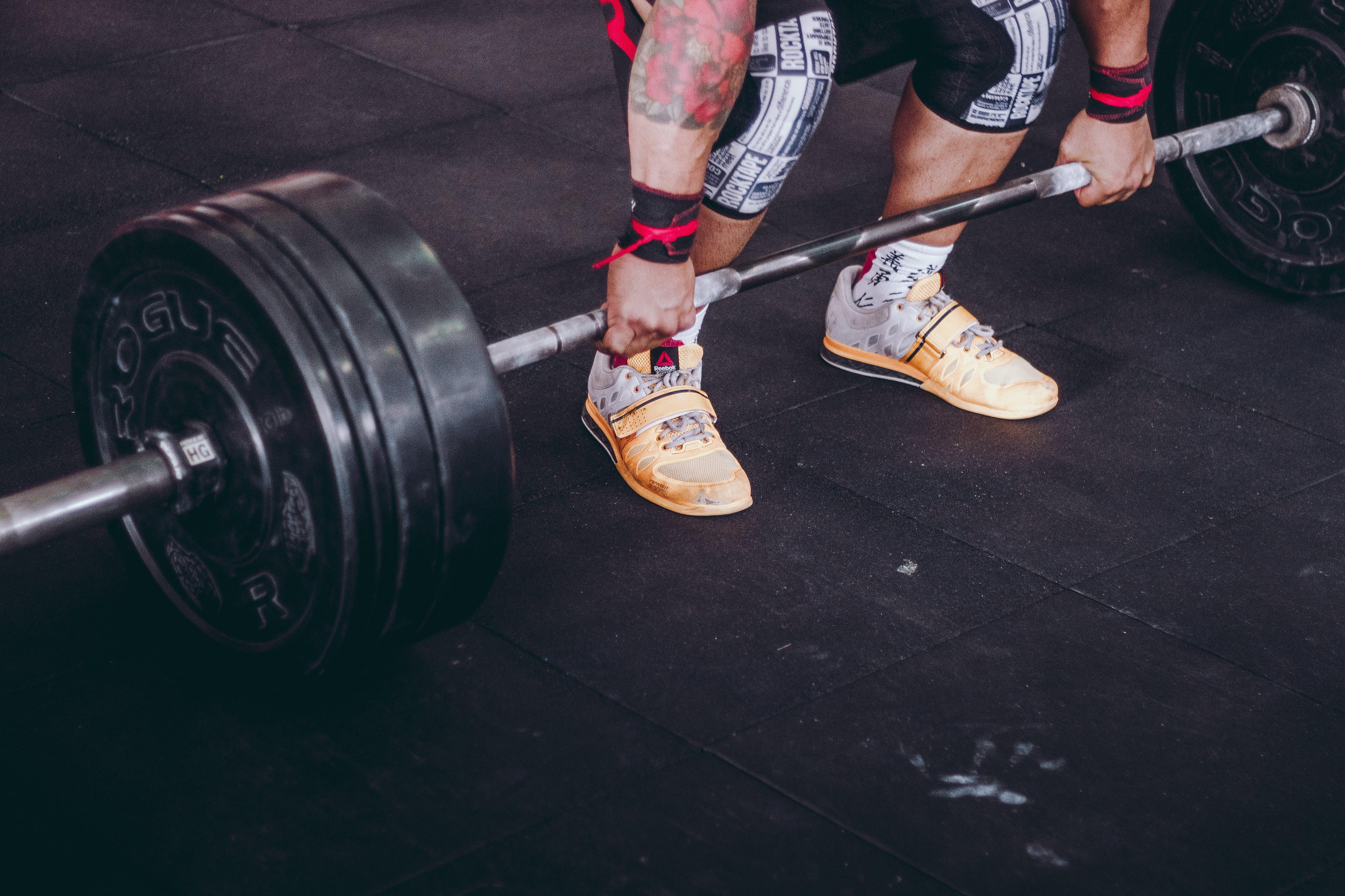 Gratis stockfoto met actief, atleet, bijpassen, binnen