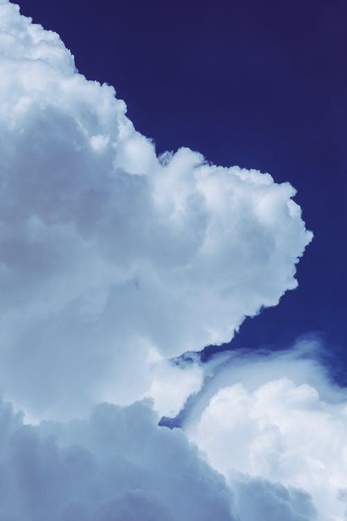 Gratis stockfoto met bewolkt, blauwe lucht, daglicht, fel