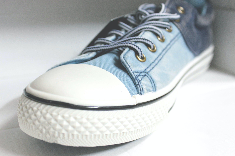 Free stock photo of blue jeans, canvas, canvas shoes, denim