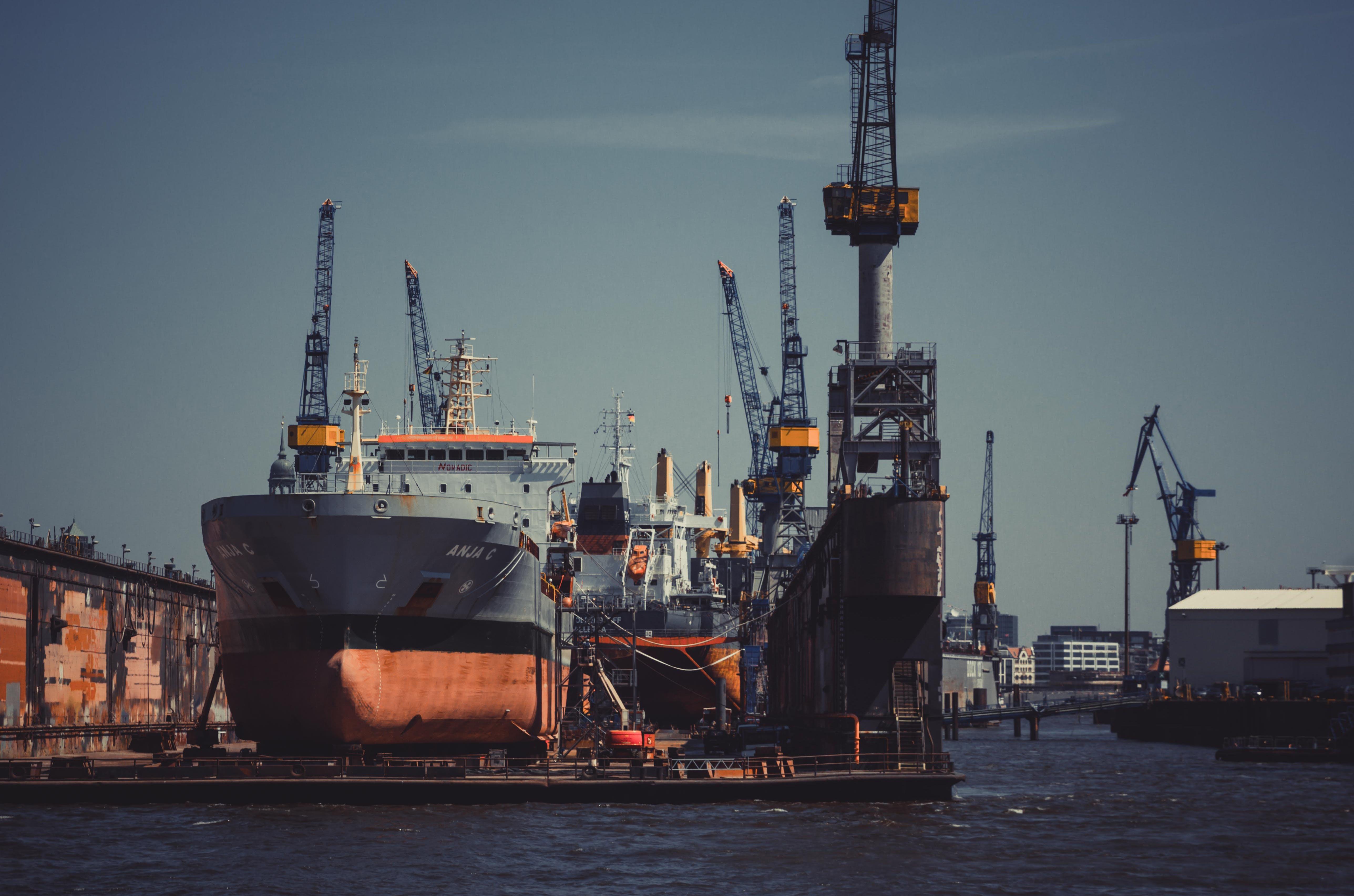 Free stock photo of build, cargo ship, consumer, crane