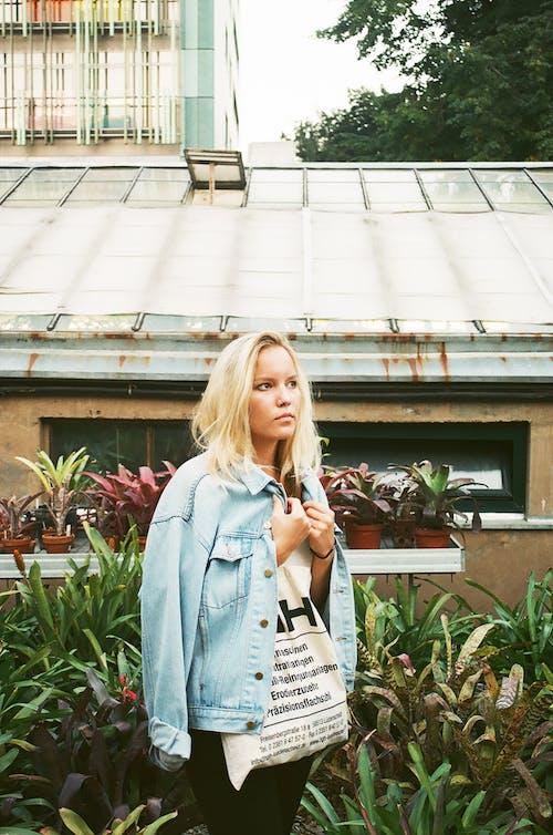 Kostenloses Stock Foto zu blondes haar, fashion, fotoshooting, frau