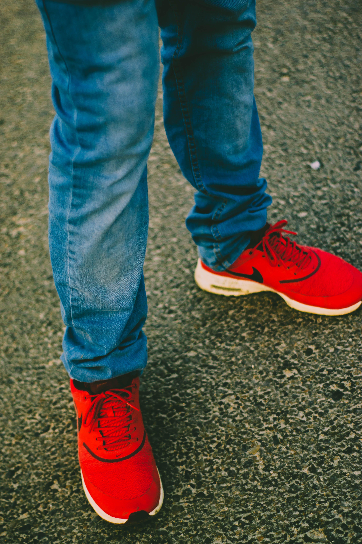 Gratis lagerfoto af afslappet, Ben, blå jeans, cowboybukser