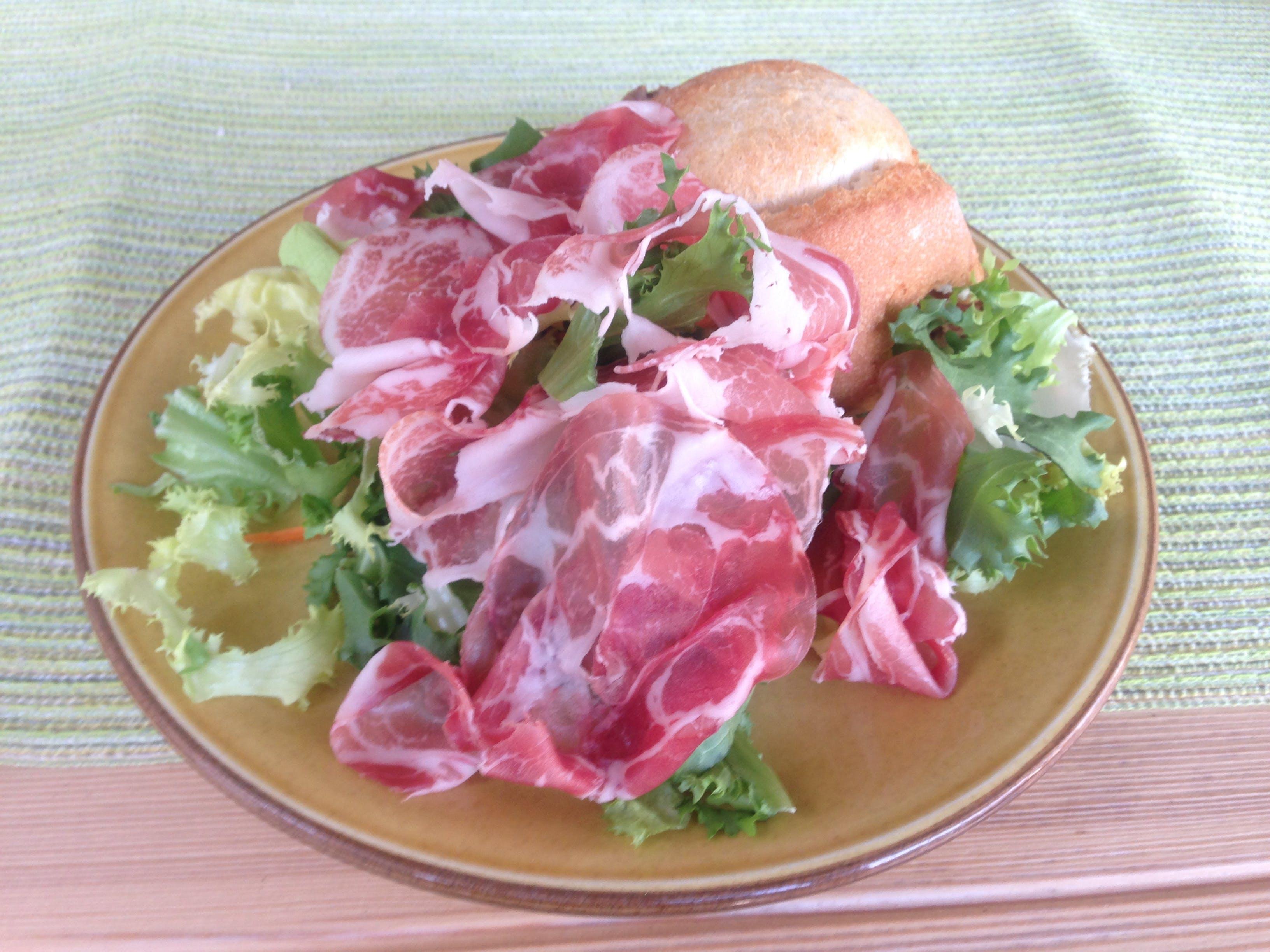 Free stock photo of green, Ham & salad, sliced cured ham