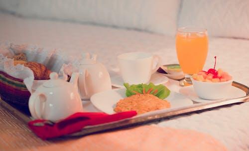 Бесплатное стоковое фото с еда, пить, посуда, стакан