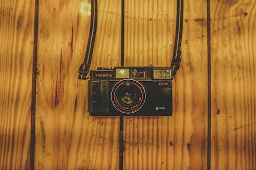 公告板, 原本, 古董, 復古相機 的 免费素材照片