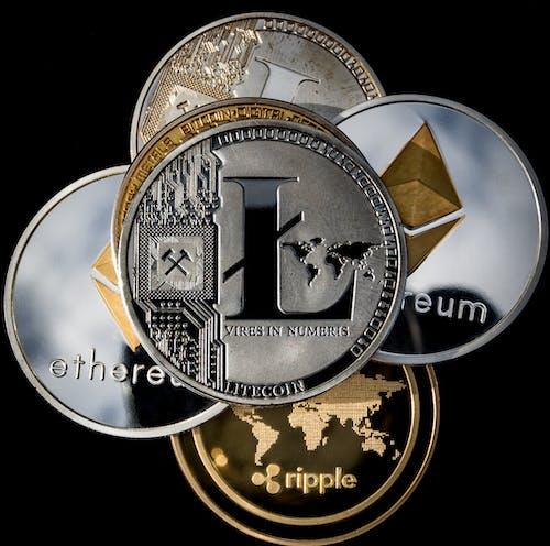 Photos gratuites de bitcoin, conc, ethereum, littérature
