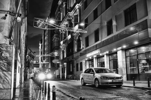 Kostenloses Stock Foto zu #street #urban # black & white #night #city