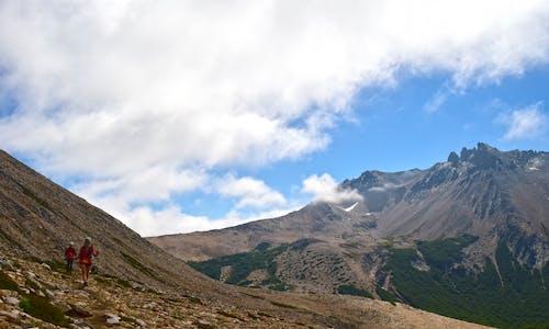 Δωρεάν στοκ φωτογραφιών με Άνθρωποι, βουνά, βουνοκορφή, βράχια