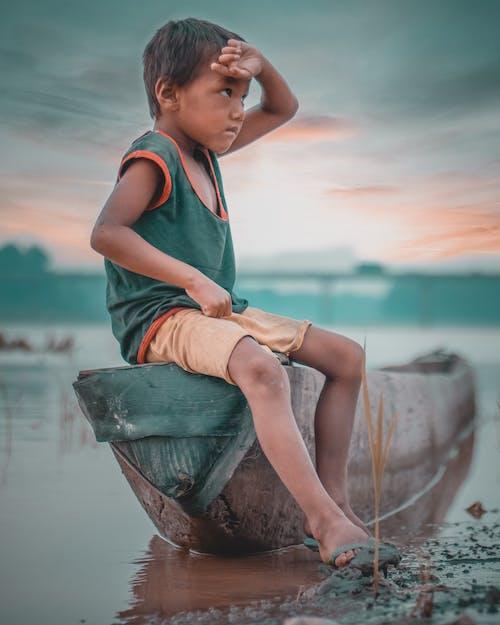 Adobe Photoshop, H2O, アジア人の少年, オレンジ色の空の無料の写真素材