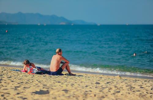 dalgalar, deniz, deniz kıyısı, deniz manzarası içeren Ücretsiz stok fotoğraf