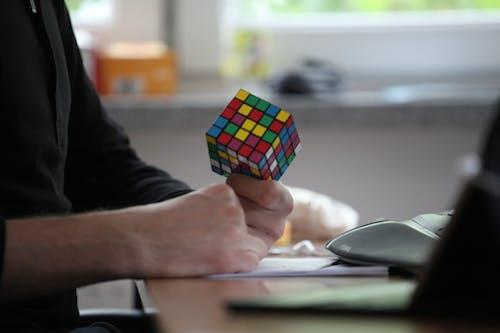 Бесплатное стоковое фото с кубик рубика, офис