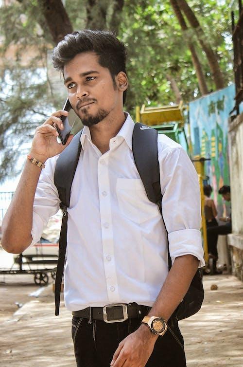 Kostenloses Stock Foto zu asiatischer junge, büro-menschen, indisch, indischer junge