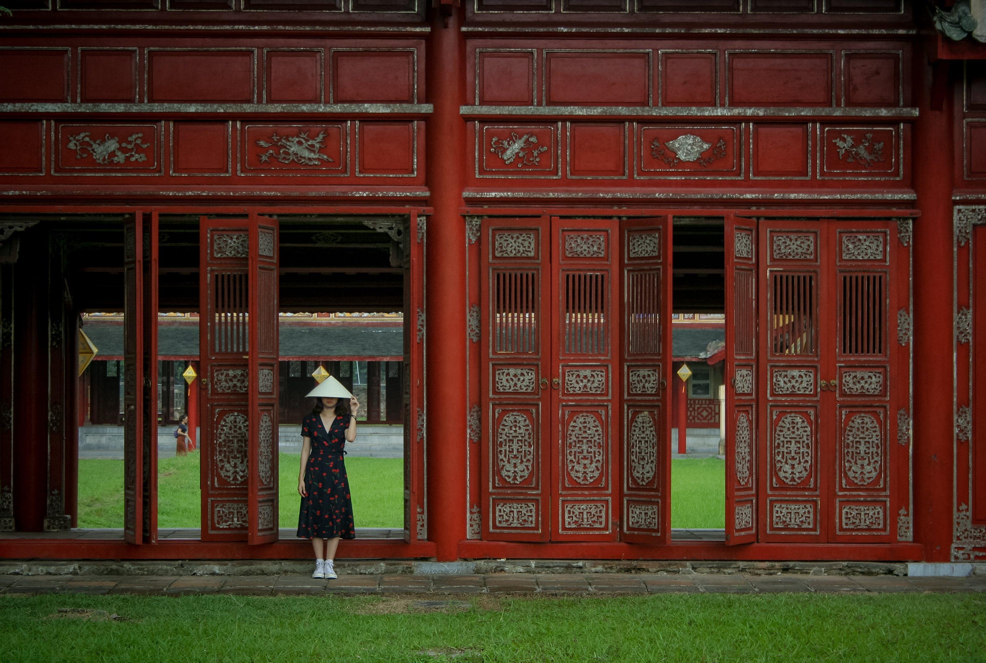 Ảnh lưu trữ miễn phí về cánh cổng, cô gái châu á, con gái, cổng vào
