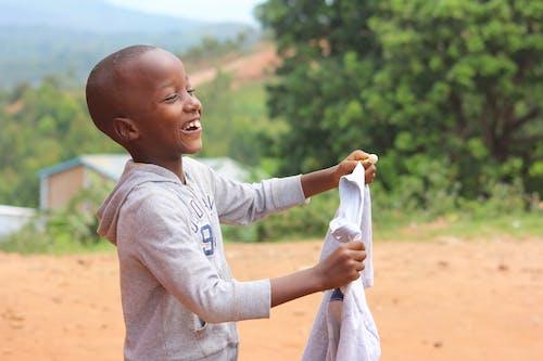 Ingyenes stockfotó boldogság, fekete fiú, fiatal, fiú témában