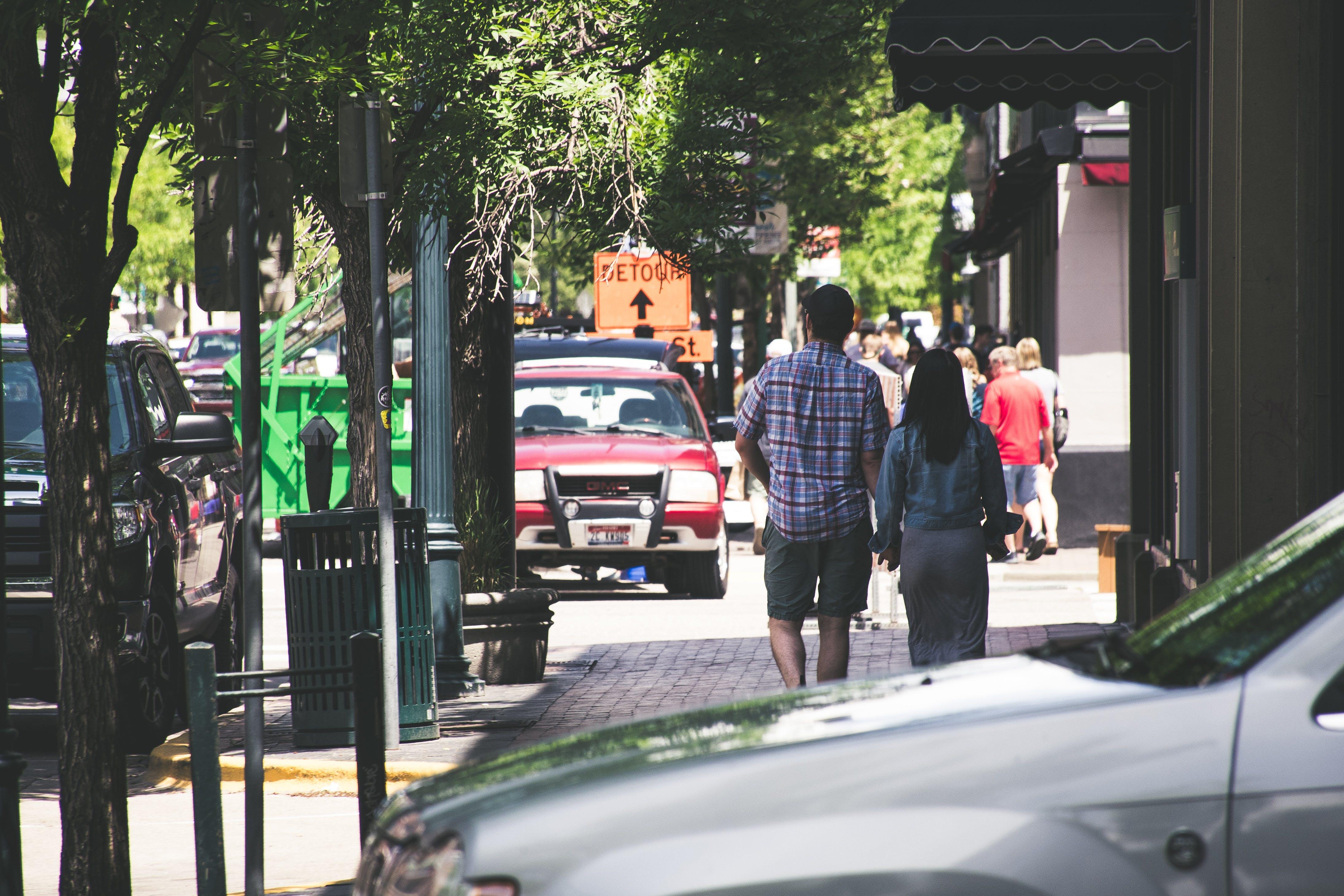 Immagine gratuita di camminando, coppia, donna, persone