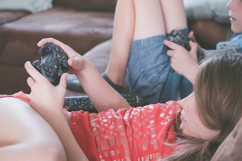 Бесплатное стоковое фото с видеоигра, девочка, девушка, дети