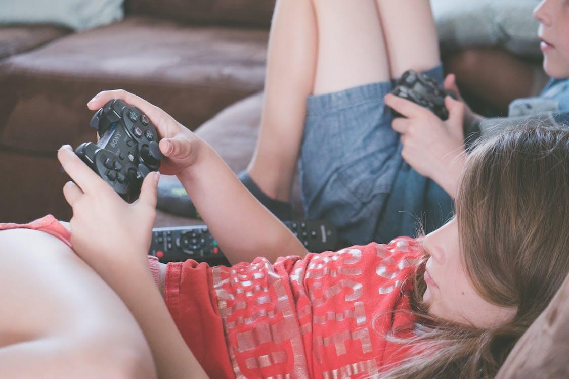 computerspel, computerspelletje, eigen tijd