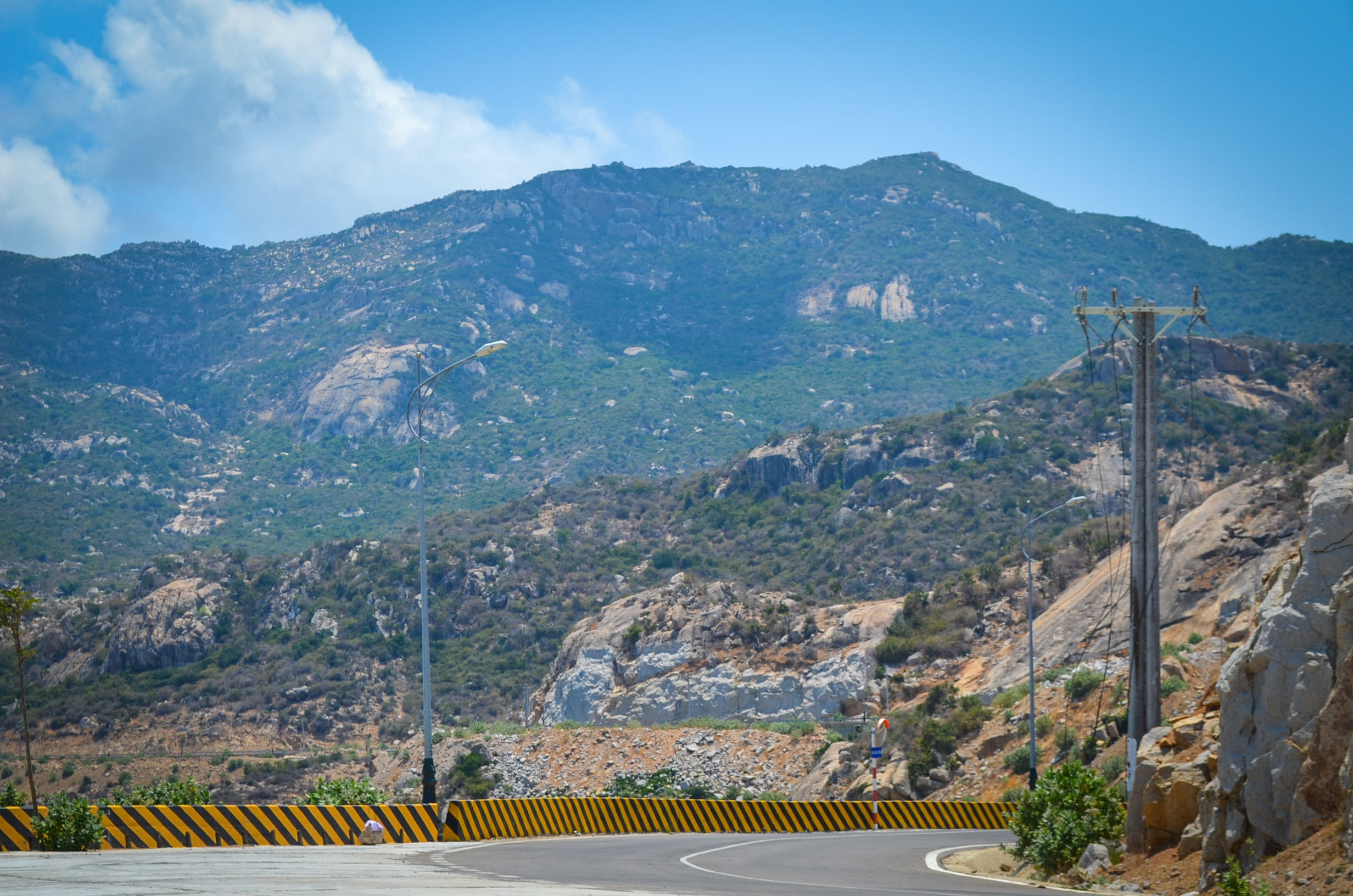 Kostenloses Stock Foto zu felsiger berg