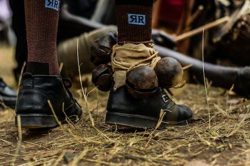 Gratis stockfoto met leer, schoeisel, voeten
