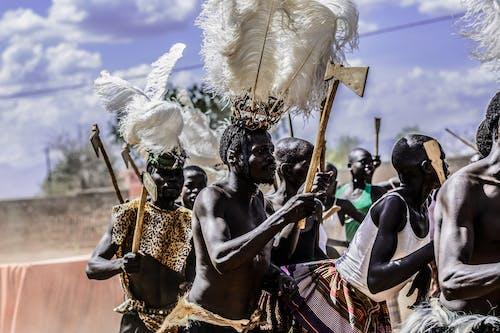 Gratis arkivbilde med feiring, festival, menn, mennesker