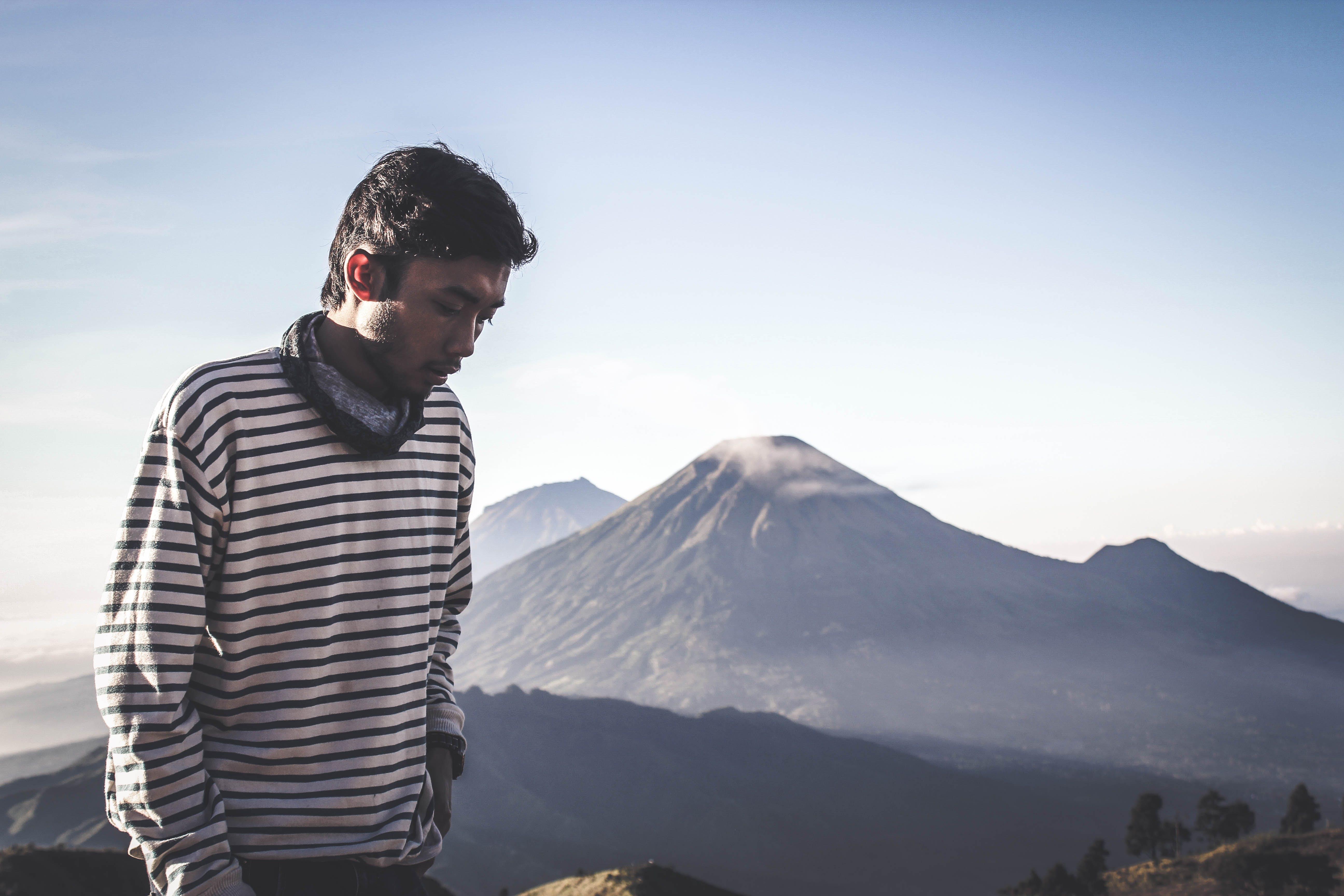 Kostnadsfri bild av äventyr, berg, blå berg, dagsljus