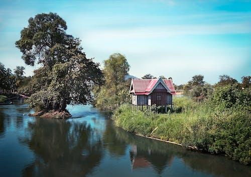 Бесплатное стоковое фото с вода, домик, здание, лаос