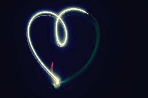 Gratis arkivbilde med hjerte, lett, lys