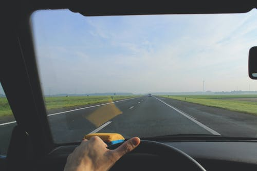 Immagine gratuita di autista, auto, autostrada