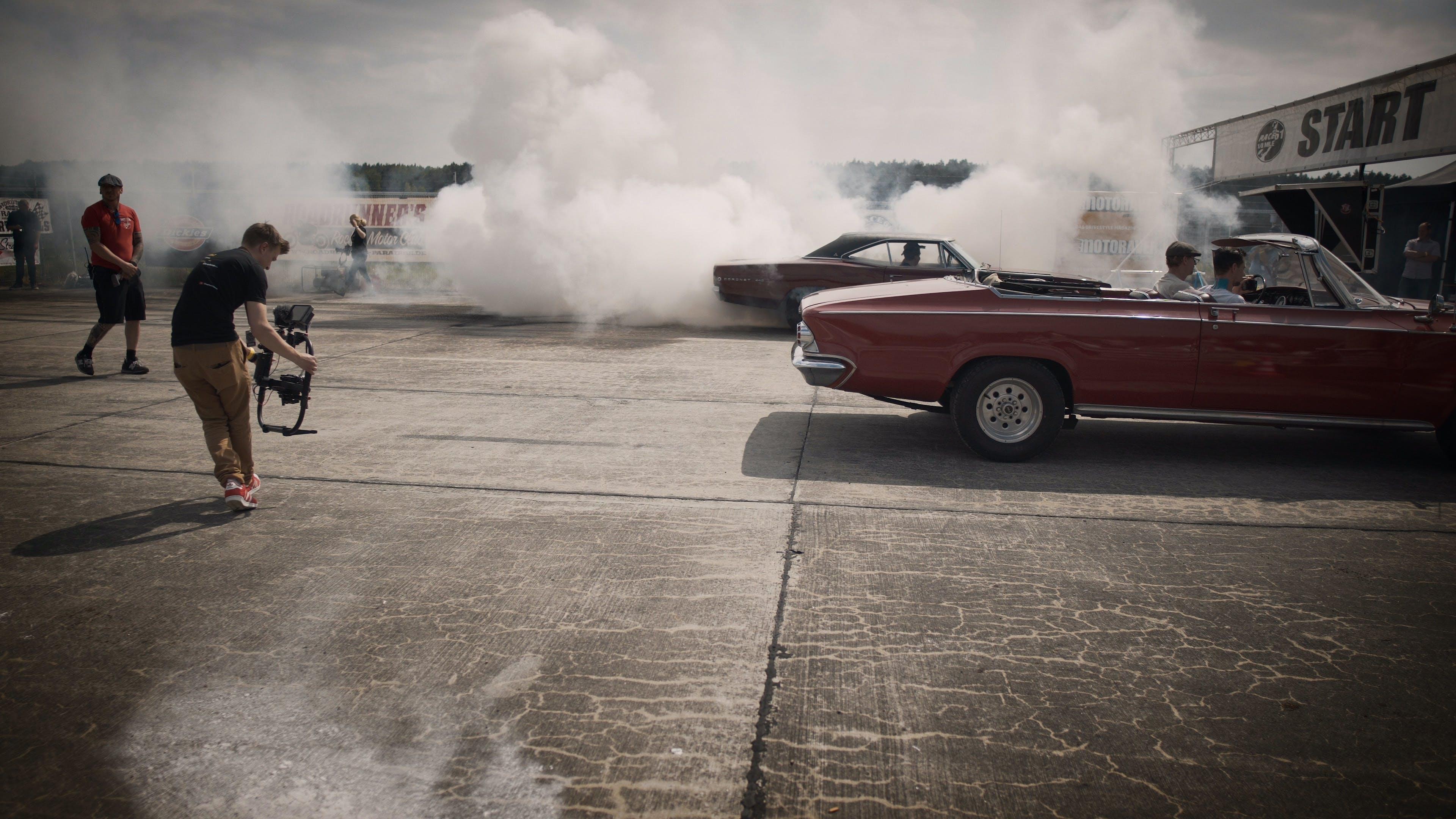 Free stock photo of smoke, burnout, muscle car, drag race