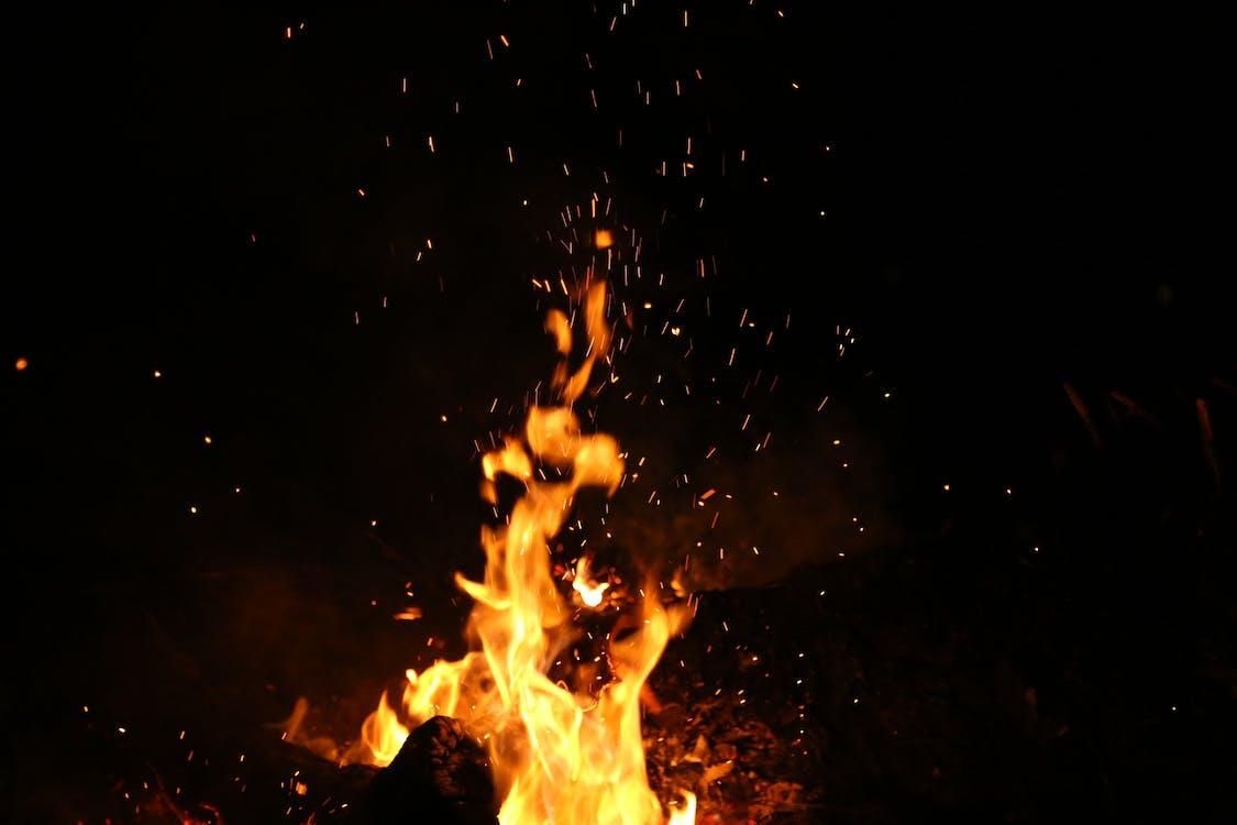 καίω, καύση, Νύχτα