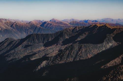 Darmowe zdjęcie z galerii z alpy, dolina, drewno, góra