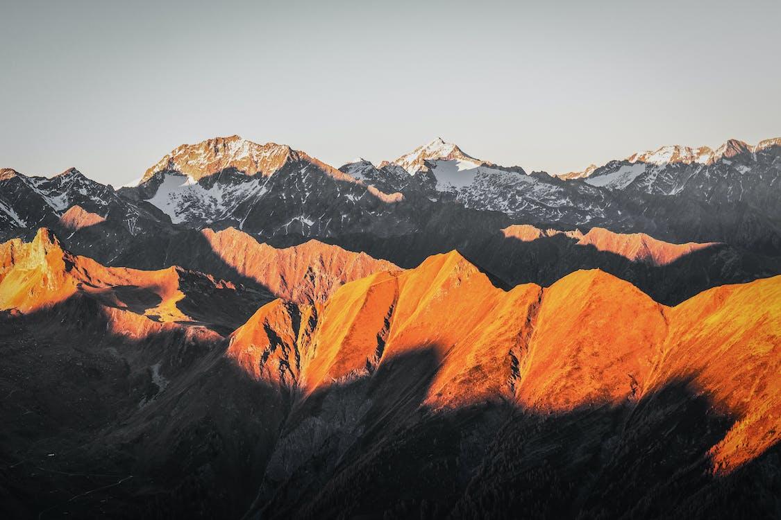 天性, 山, 山脈