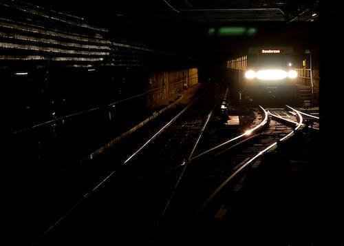 地鐵, 火車, 隧道 的 免费素材照片