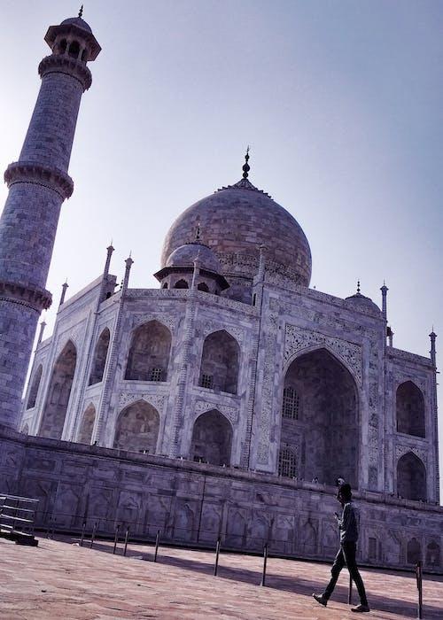 abide, antik, bina, dar açılı çekim içeren Ücretsiz stok fotoğraf