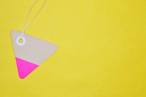 Бесплатное стоковое фото с бирка, закладка, игральная карта, картон