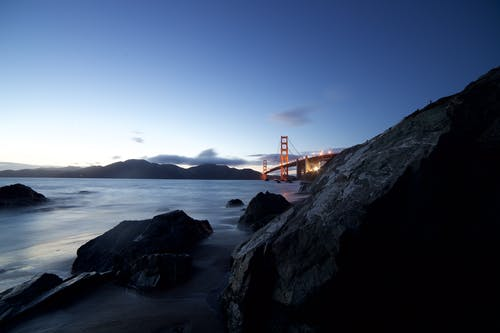 Δωρεάν στοκ φωτογραφιών με rock, ακτή, απόγευμα, αυγή