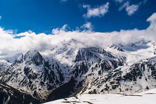 Foto d'estoc gratuïta de alps, altura, bellesa, cel blau
