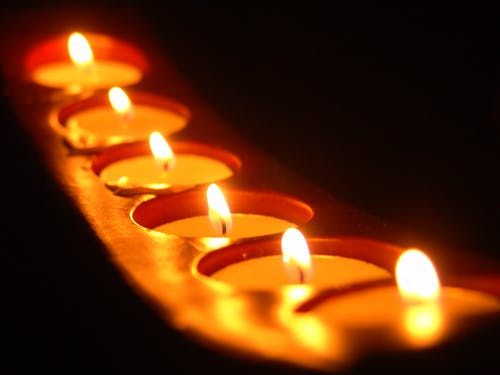 Photos gratuites de bougies, bougies chauffe-plat