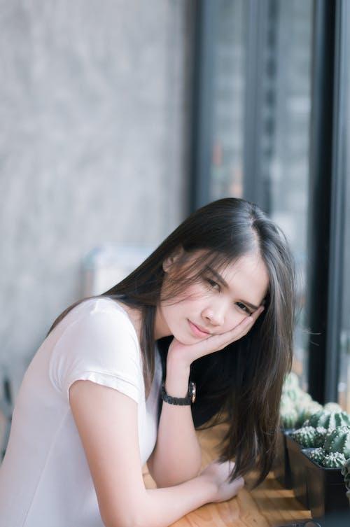 Fotobanka sbezplatnými fotkami na tému ázijské dievča