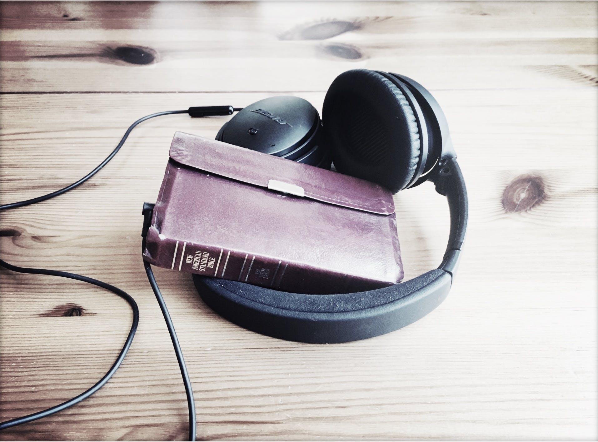 bible, god speaks, head phones