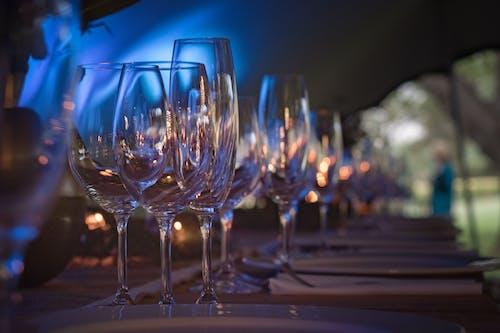 Fotobanka sbezplatnými fotkami na tému kryštál, pohár, pohár na víno, poháre na šampanské