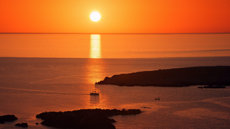 akşam, gün batımı, Güneş, manzara içeren Ücretsiz stok fotoğraf