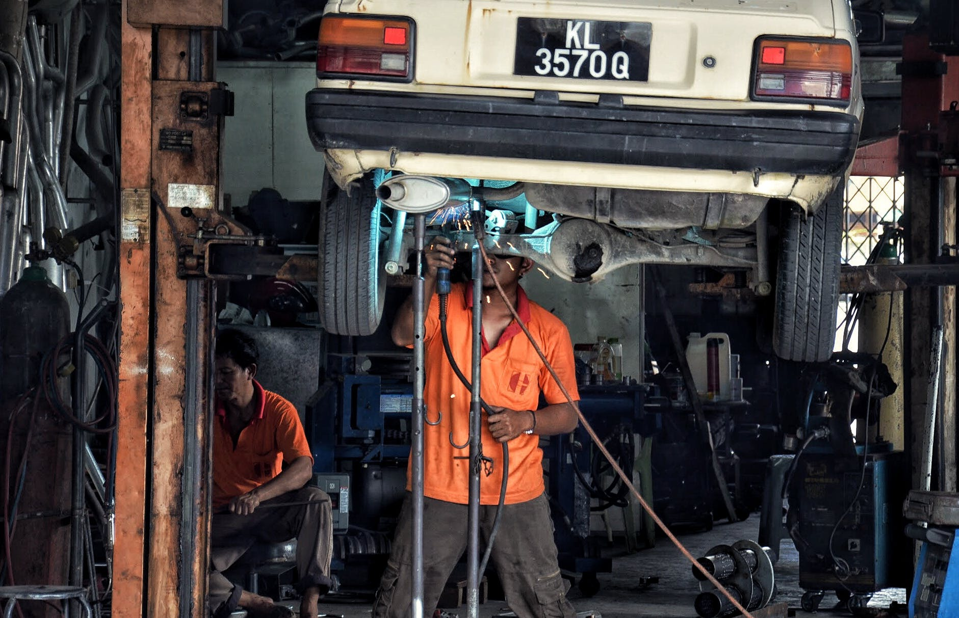 Free stock photo of car, car repair, mechanic, repair