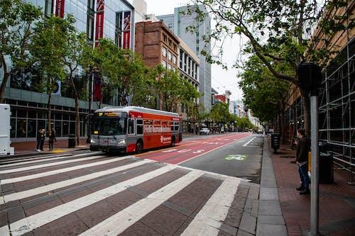 交通, 交通系統, 公共, 城市 的 免费素材照片