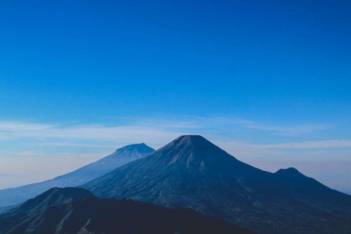 berg, blå berg, blå himmel