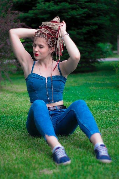 Foto d'estoc gratuïta de arbres, cabell, cabells a l'estil rastafari, foto
